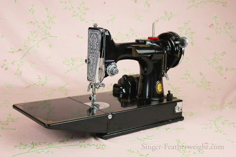 Singer Featherweight 40 Sewing Machine CHICAGO BADGE 40 AD40 Unique Complete Sewing Machine Chicago