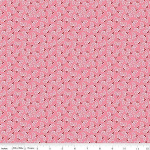 Fabric, COZY Christmas by Lori Holt of Bee in My Bonnet - Holly, Pink