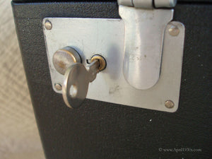 Case Key, Singer Featherweight 221 (Vintage Original)