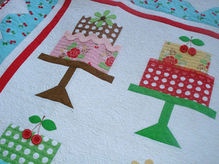 Load image into Gallery viewer, PATTERN, Bee in my Bonnet Cake Walk Quilt Pattern by Lori Holt