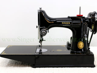 Load image into Gallery viewer, Singer Featherweight 221 Sewing Machine, AK745***