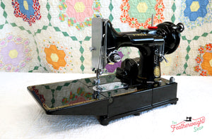 Singer Featherweight 222K Sewing Machine EK6285** ORIGINAL CARDBOARD BOX Included
