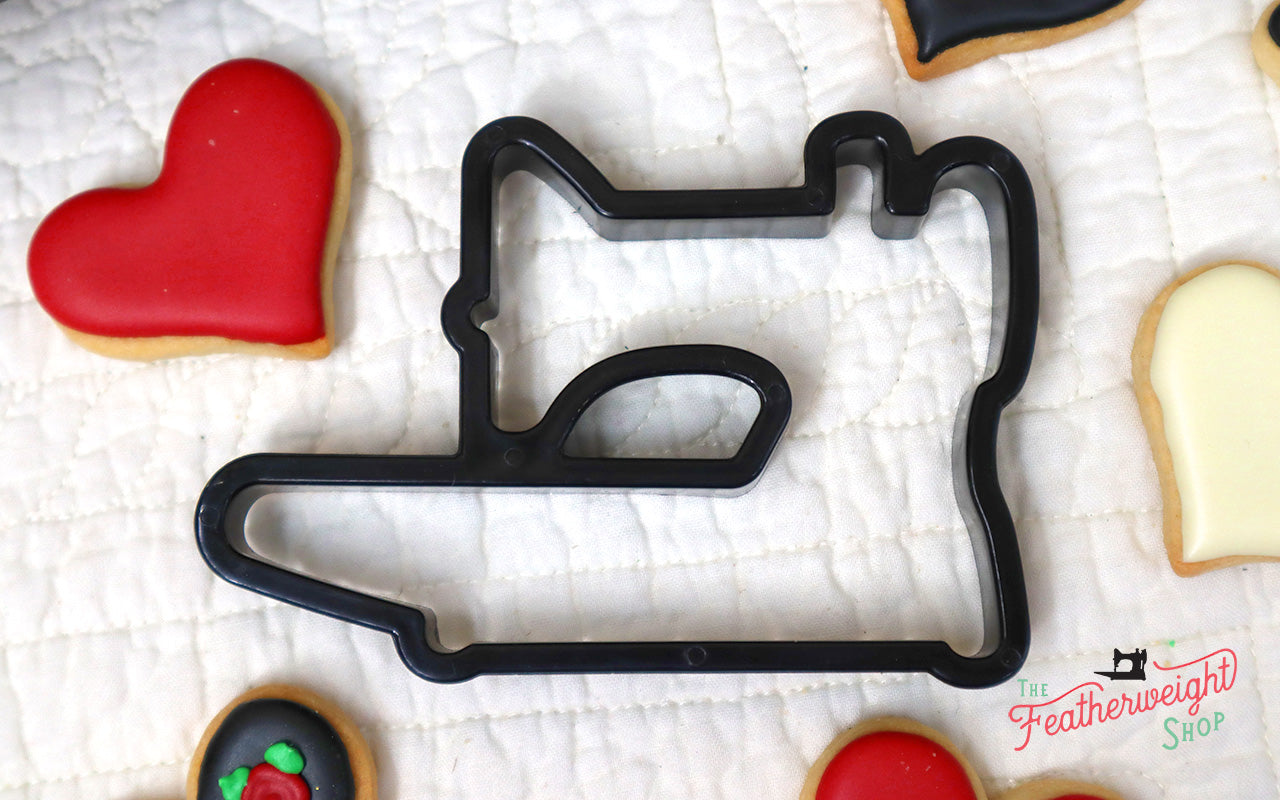 Featherweight Cookie Cutter