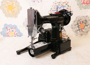 Singer Featherweight 222K Sewing Machine EJ617***