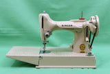Singer Featherweight 221J Sewing Machine, TAN ES658***