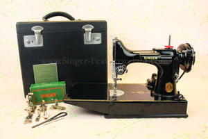 Singer Featherweight 221 Sewing Machine, AF882***