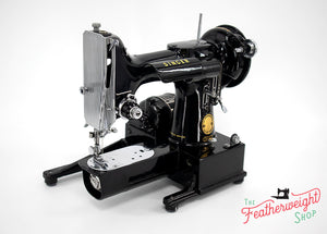 Singer Featherweight 222K Sewing Machine EK6340**
