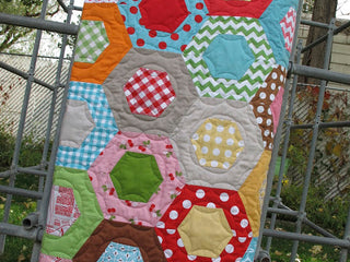 Load image into Gallery viewer, Lori Holt of Bee in My Bonnet Half Hexagon Ruler Set
