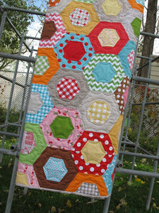 Lori Holt of Bee in My Bonnet Half Hexagon Ruler Set