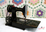 Singer Featherweight 222K Sewing Machine EJ622***