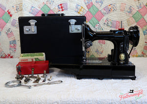 Singer Featherweight 222K Sewing Machine EP131***