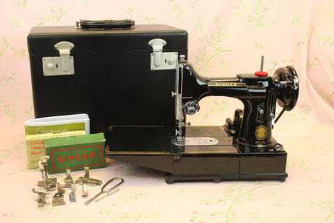 Singer Featherweight 222K Sewing Machine EL685***
