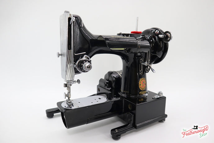 Singer Featherweight 222K Sewing Machine, RED