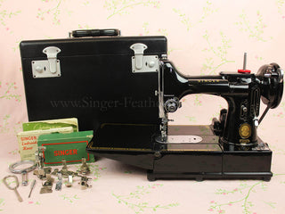 Load image into Gallery viewer, Singer Featherweight 222K Sewing Machine EM601***