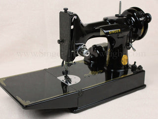 Load image into Gallery viewer, Singer Featherweight 221 Sewing Machine, Rare BLACKSIDE AG011***