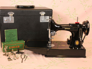 Load image into Gallery viewer, Singer Featherweight 221K Sewing Machine, Centennial EG706***