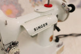 Singer Featherweight 221 Sewing Machine, WHITE FA095***