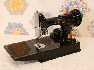 Load image into Gallery viewer, Singer Featherweight 221 Sewing Machine, AM150***