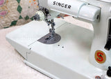 Singer Featherweight 221K Sewing Machine, WHITE EV957***