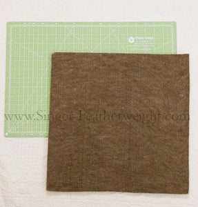 "Paca Pressing Mat ®, 15"" x 15"" - 100% ALPACA - MEDIUM"