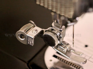 Load image into Gallery viewer, Thread Cutter Attachment - Trim & Clip (vintage)