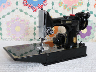 Load image into Gallery viewer, Singer Featherweight 221 Sewing Machine, AL196*** - Original Provenance!!!