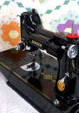 Singer Featherweight 221 Sewing Machine, Rare BLACKSIDE AG012***