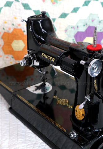 Singer Featherweight 221 Sewing Machine, TAN JE151***