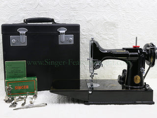 Load image into Gallery viewer, Singer Featherweight 221 Sewing Machine, AF089***
