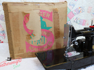 Load image into Gallery viewer, Cardboard Singer Box for 222K Featherweight - (Vintage Original Box Only)