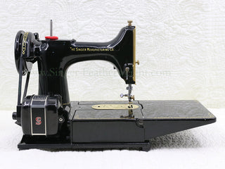 Load image into Gallery viewer, Singer Featherweight 222K Sewing Machine EK634*** GOLD PLATED!!!
