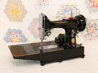 Load image into Gallery viewer, Singer Featherweight 222K Sewing Machine EJ9130**