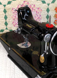 Singer Featherweight 221 Sewing machine, 1934 AD783***