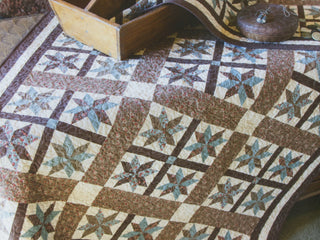 Load image into Gallery viewer, PATTERN BOOK, Classic & Heirloom Quilts