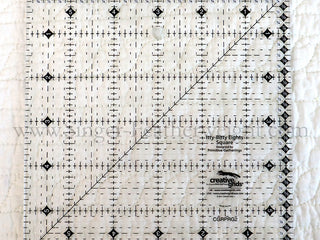 "Load image into Gallery viewer, Cutting Ruler, CREATIVE GRIDS Itty-Bitty Eights Square Ruler 6"" x 6"" (with self-grips)"