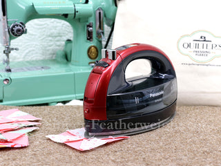 Load image into Gallery viewer, Iron, Cordless Ceramic Freestyle Steam Iron - Metallic RED