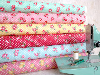 Load image into Gallery viewer, Fabric, PRETTY CLASSIC ROSE, YELLOW - 30's Collection Feedsack Style Print (by the yard)