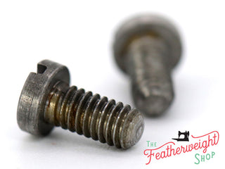 Load image into Gallery viewer, Screw, Feed Dogs, Set of 2 Singer Featherweight (Vintage Original)