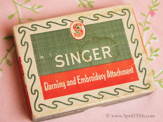 Load image into Gallery viewer, Embroidery Darning Set, (Vintage Original)