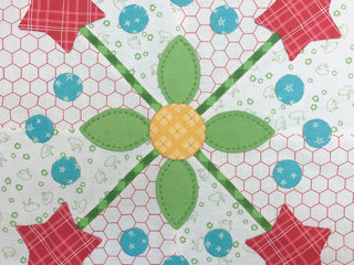 Load image into Gallery viewer, BEE HAPPY Sew Simple Shapes by Lori Holt of Bee in My Bonnet