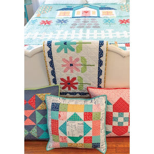 PATTERN BOOK, Quilter's Cottage by Lori Holt