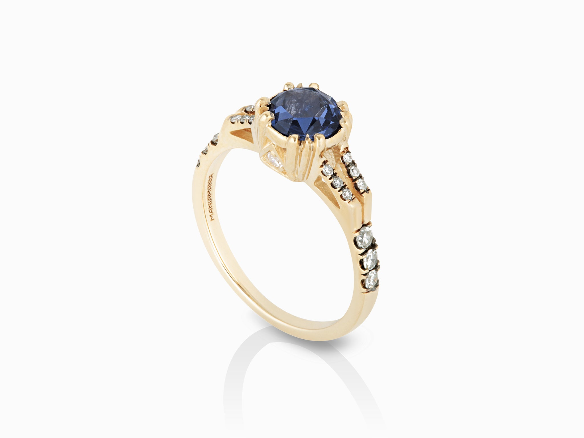 g diamond platinum sapphire solitaire nava in ring h vs and blue halo