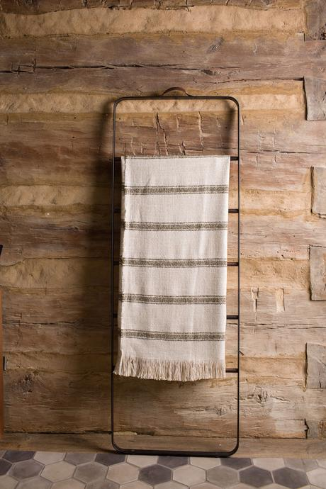 STRIPED BELGIAN LINEN THROW NATURAL/KHAKI
