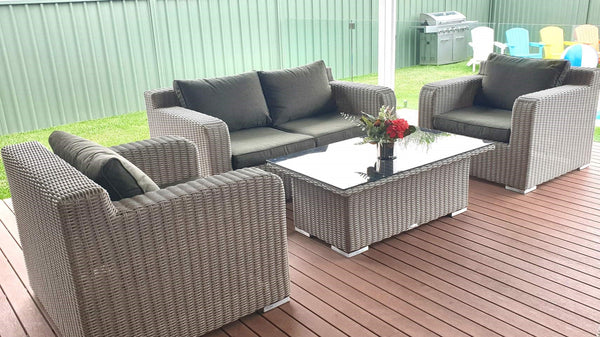 CAPRI 2 SEAT LOUNGE SET WITH FREE EXTRA CUSHION COVERS.