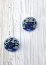 Goodnight Moon round buttons