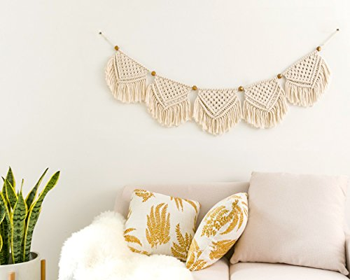 Macrame and Sip