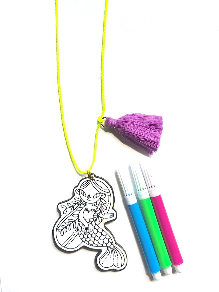 Gunner + Lux D.I.Y. Mermaid Necklace