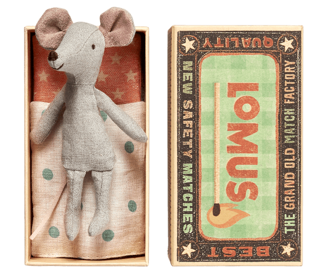Cousin Mouse in Matchbox
