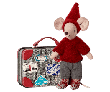 Travel Pixy Mouse in Suitcase
