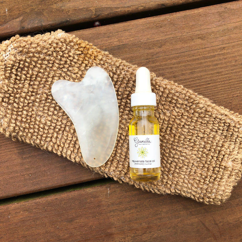 HOW TO DO A GUA SHA NATURAL FACE LIFT!